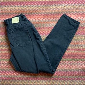 VINTAGE LEE BLACK MOM JEANS